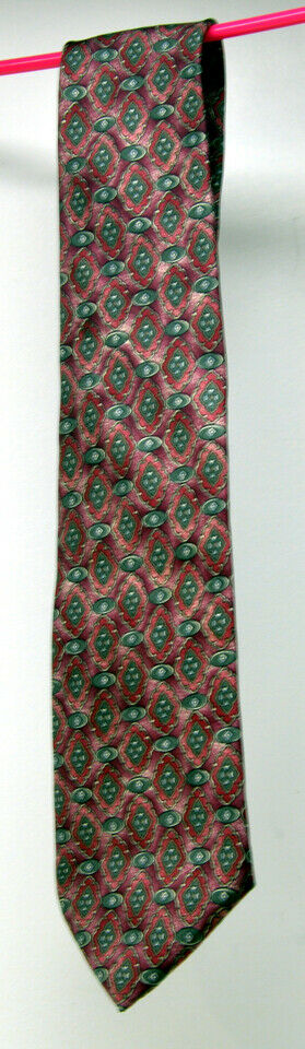 Red Paisley American Traditions 100% Silk Made in the USA Men's Necktie